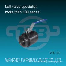 Válvula de bola roscada hembra hecha a mano de alta presión 2PC del acero de carbón