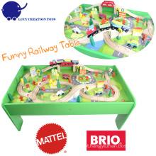 80 Pcs Crianças Brinquedos DIY Happy Play Madeira Train Ferroviária Toy Play Tabela