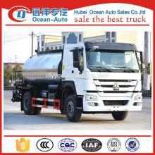 Camión cisterna del asfalto del howo 6000L de Sinotruck para la venta