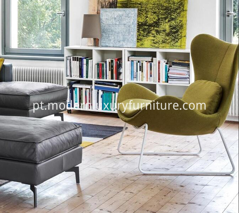 Calligaris-Lazy-Armchair-for-living-room