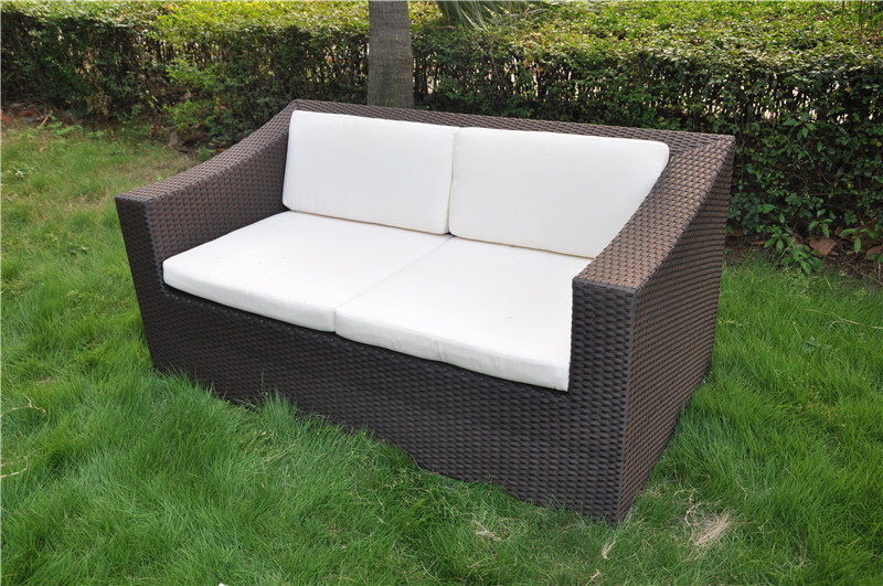 S0084 Outdoor Loveseat