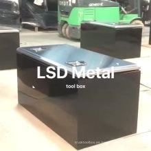 Caja de herramientas para camiones de acero inoxidable para almacenamiento.