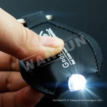 Porte-clés en cuir noir LED