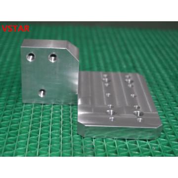Pièces de fraisage de commande numérique par ordinateur de précision pour le bâti en aluminium de pièce d'équipement d'automation