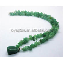 Green aventurine chip Necklace with green aventurine tumbled stone pendant