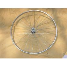 Bicicleta de MTB habló llantas