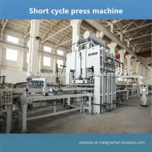 Placa de melamina em relevo pressionada máquina / Placa de melamina tornando a máquina / laminação de ciclo curto imprensa quente