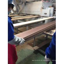 Procesamiento de surco y construcción de la lengua Pisos de ingeniería de roble