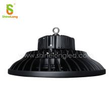 Éclairage extérieur haute luminosité UFO 120W LED IP65