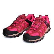 Zapatos de color rojo al aire libre para las niñas