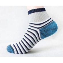 Men′s Cotton Ankle Sports Socks (MA701)