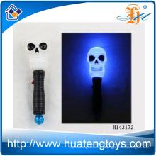 2014 Горячая продажа Смешные светодиодные мигает Череп Stick с музыкой мигающий Хэллоуин игрушки