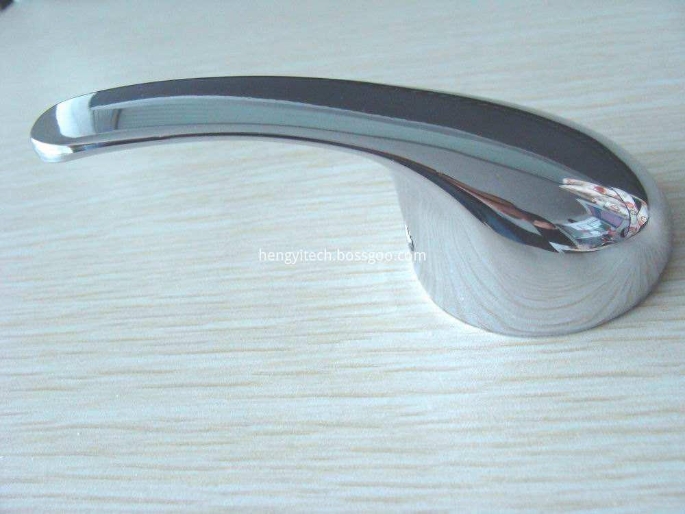 vacuum metalizing plastic3
