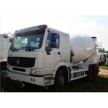 Sinotruk HOWO 6cbm Concrete Mixer Truck 10wheel