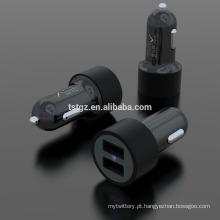 Bom design de moda 5V 2.1A saída USB universal carregador de carro