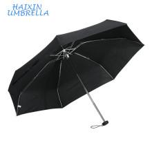 Pas cher taille Euro-marché Logo promotionnel cadeau noir 5 pliable Ultra Mini aluminium mode parapluie femmes parapluies