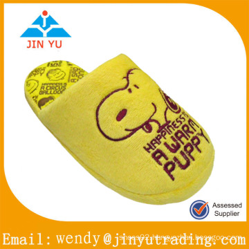2014 new design cartoon character slippers