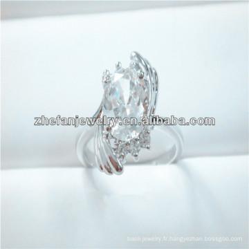 Anneau de Big Diamond Diamond Ring des femmes des animaux avec anneau aile