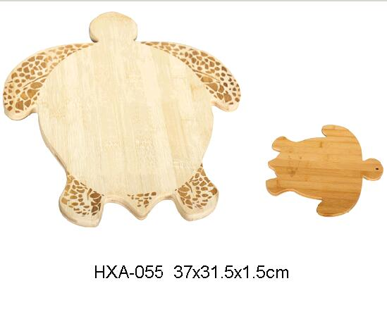 Tortoise Shape Bamboo Cutting Board