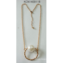 Metal Plated Circular Necklace with Pearl Pendant