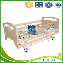 Moderne Holzlatten Metallplattform Patient Elektrobett