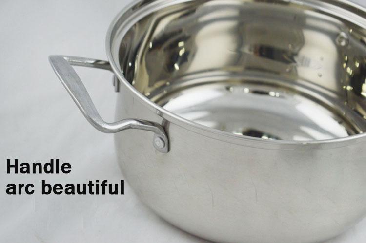European soup pot