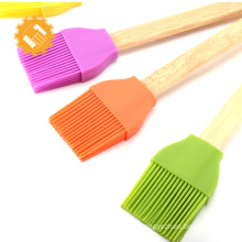 Multi-function position silicone brush bakery brush set with wooden handle