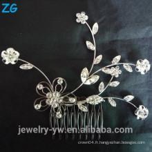Belle fleur nuptiale peigne plein cristal dames cheveux bijoux peigne peigne en métal peigne pour les filles