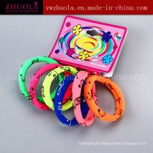 Laços coloridos do cabelo com impressão