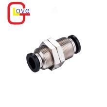 Conector de montaje recto neumático de mamparo PM