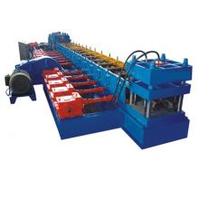 Machine automatique de formage de rouleaux de barrage de route