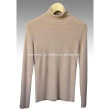 Jersey de cashmere con cuello alto y peinado