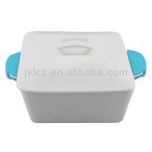 casserole carrée avec poignées en silicone 2000CC