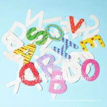 El alfabeto de madera al por mayor del arte de DIY pone letras a la sala de clase decorativa