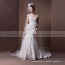 Radiant sweet heart mermaid v -neck elegant lace and feathers handwork wedding dress with a chapel train