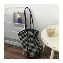 High Quality Low MOQ Ins Fashion Woolen Handbags Lady Bags Tote Hand Bag for Girls