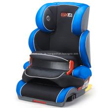 Auto-Kindersitze mit speziellen Design