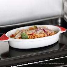 керамическое овальное блюдо для выпечки с силиконовой ручкой