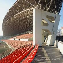 Arquibancadas claras padrão altas do estádio da construção de aço