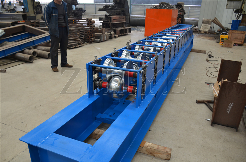 Glazed Tile Ridge Cap Roll Forming Machiney