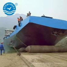 Embarcación marina de salvamento que lanza la bolsa de aire de goma de elevación