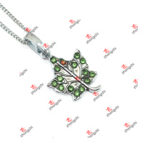New Designs Green Crystal Maple Leaf Charms Jewelry (LAK60128)