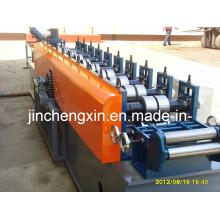 Máquina formadora de moldura de janela em PVC