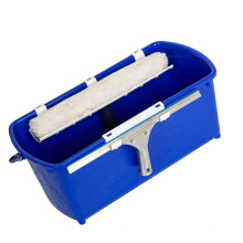 Large Capacity Bucket with white plastic sieves