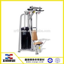 Gym Club Verwenden Sie PEC DEC Maschine