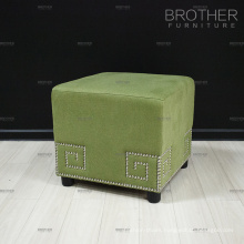 Fashionable Tufted Green Fabric Ottoman Pouf Living Room Decorative Ottoman