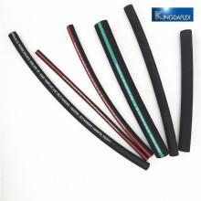 quatre machine à sertir de tuyau hydraulique de spral de fil d'acier à haute résistance