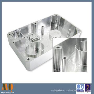 Piezas de aluminio trabajadas a máquina CNC de la precisión de la fuente de China 2015