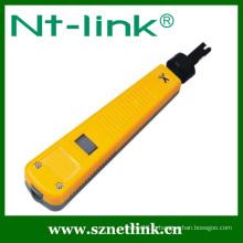 Outil perforateur en tôle avec lame 110