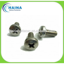 DIN7985 Cross recessed pan head screws